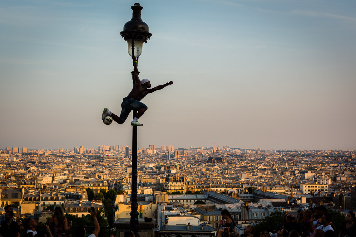 sacré-coeur-paris_soccer_lamp_post-6146