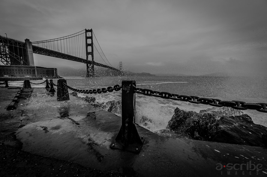 golden_gate_bridge_bw_1